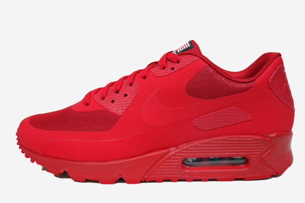 "finest selection 690b7 03f4b New Shoe Alert Kanye Spotted In Nike Air Max 90 Hyperfuse QS "" ..."
