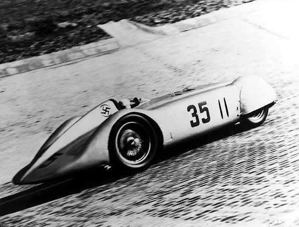 Nazi Mercedes-1