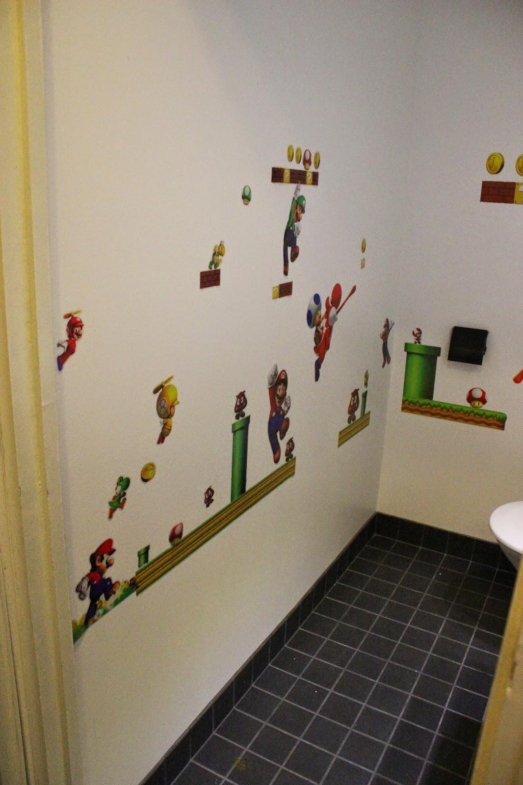 Super Mario wc
