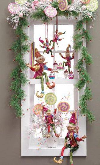 As The Card Rack Turns 12 Easy DIY Christmas Decorating Ideas ~ 085639_Christmas Decoration Ideas For Office Windows