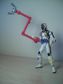 SH Figuarts Kamen Rider Fourze Module Set 01 Magic Hand 01