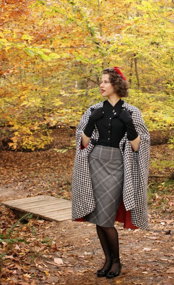 How to style a vintage cape #vintage #styling #tips #fashion