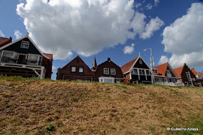 In Volendam (Netherlands), by Guillermo Aldaya / AldayaPhoto
