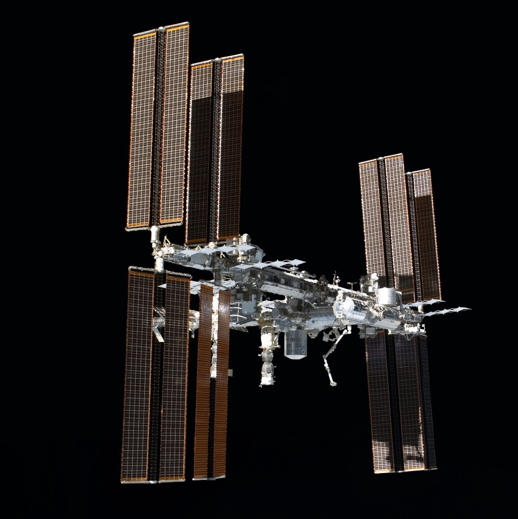 an overview of the internet space station A space station, also known as an orbital station or an orbital space station, is a spacecraft capable of supporting crewmembers, which is designed to remain in space.