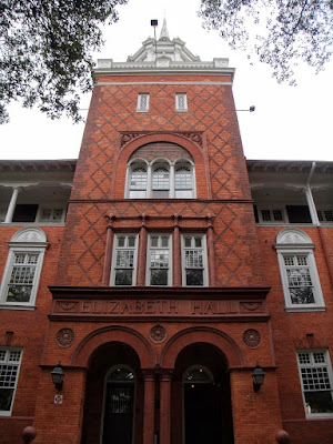 Elizabeth Hall en la Stetson University