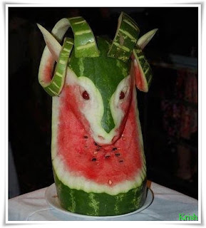 most amazing images~ water melon deer