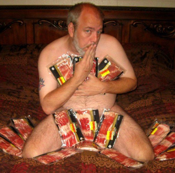 imagens humor, wtf lol, amo bacon, homem pelado, nu, essas imagens são reais?, eu adoro morar na internet