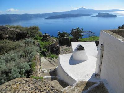 Το μικρό και απομονωμένο νησί της Θηρασίας, αντικείμενο πανεπιστημιακής έρευνας