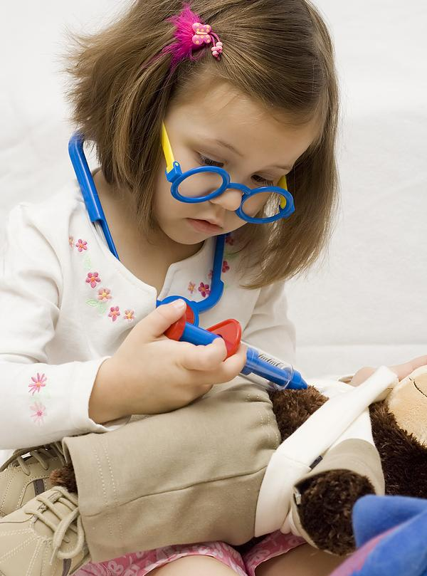 Juego: Doctor Barbie Embarazada - Jugar a Minijuegos