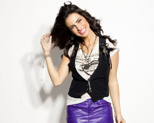 Jessica Lowndes - Wallpapers Gallery