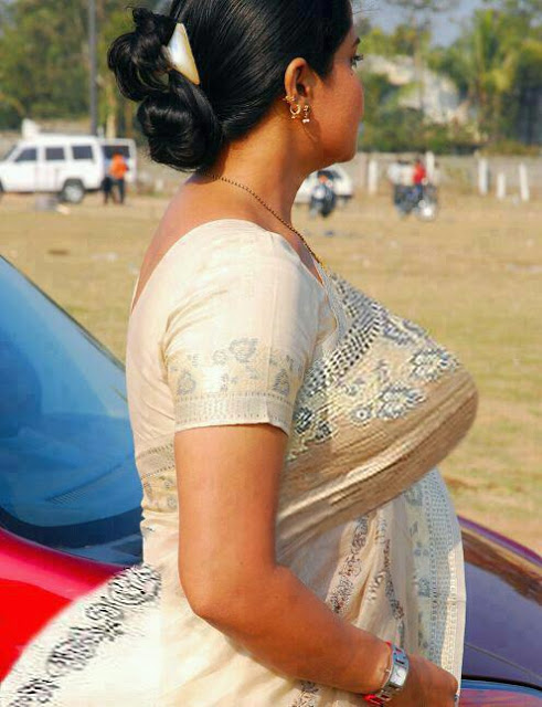 indian real life downblouse № 74762