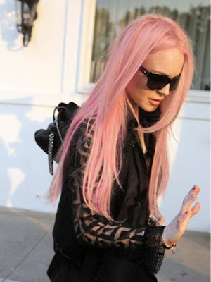 Lindsay Lohan Pink Hair Pictures