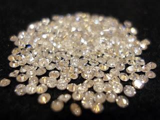ΘΑ ΠΑΘΕΤΕ ΠΛΑΚΑ: Δείτε την φτωχότερη χώρα στον κόσμο.. πού έχει το πλουσιότερο ορυχείο διαμαντιών στον κόσμο...