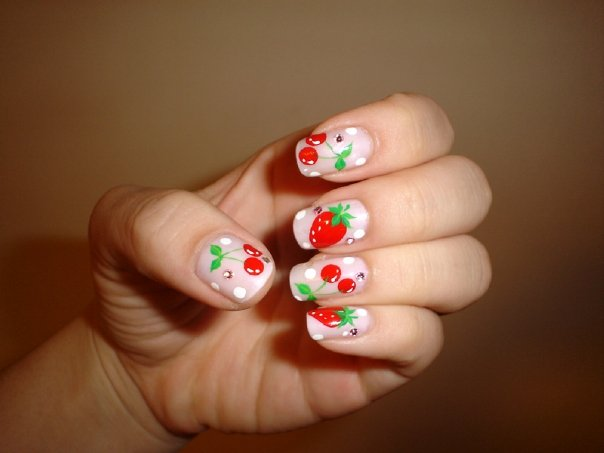 Nail art in Korea is thriving due to the influx of Japanese tourists.