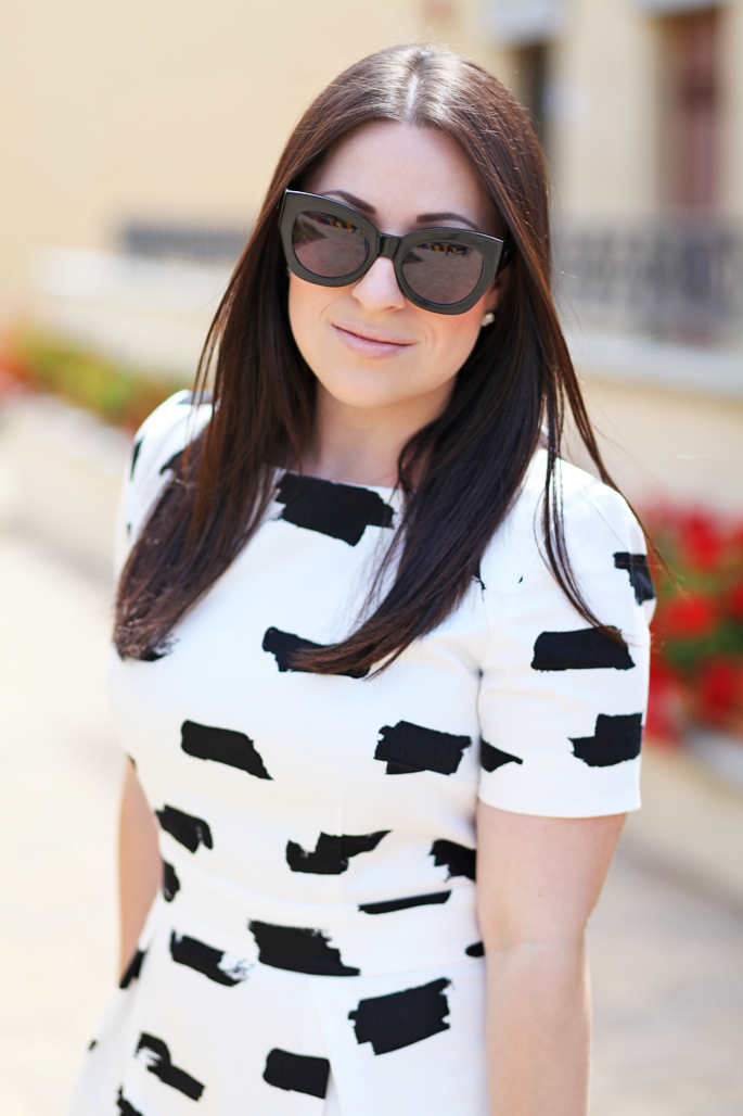 mac-creme-d'nude-black-and-white-french-connection-dress-king-and-kind-san-diego-blogger-karen-walker-sunglasses
