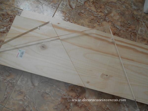 Minha mesa de madeira e acrílico - Handmade