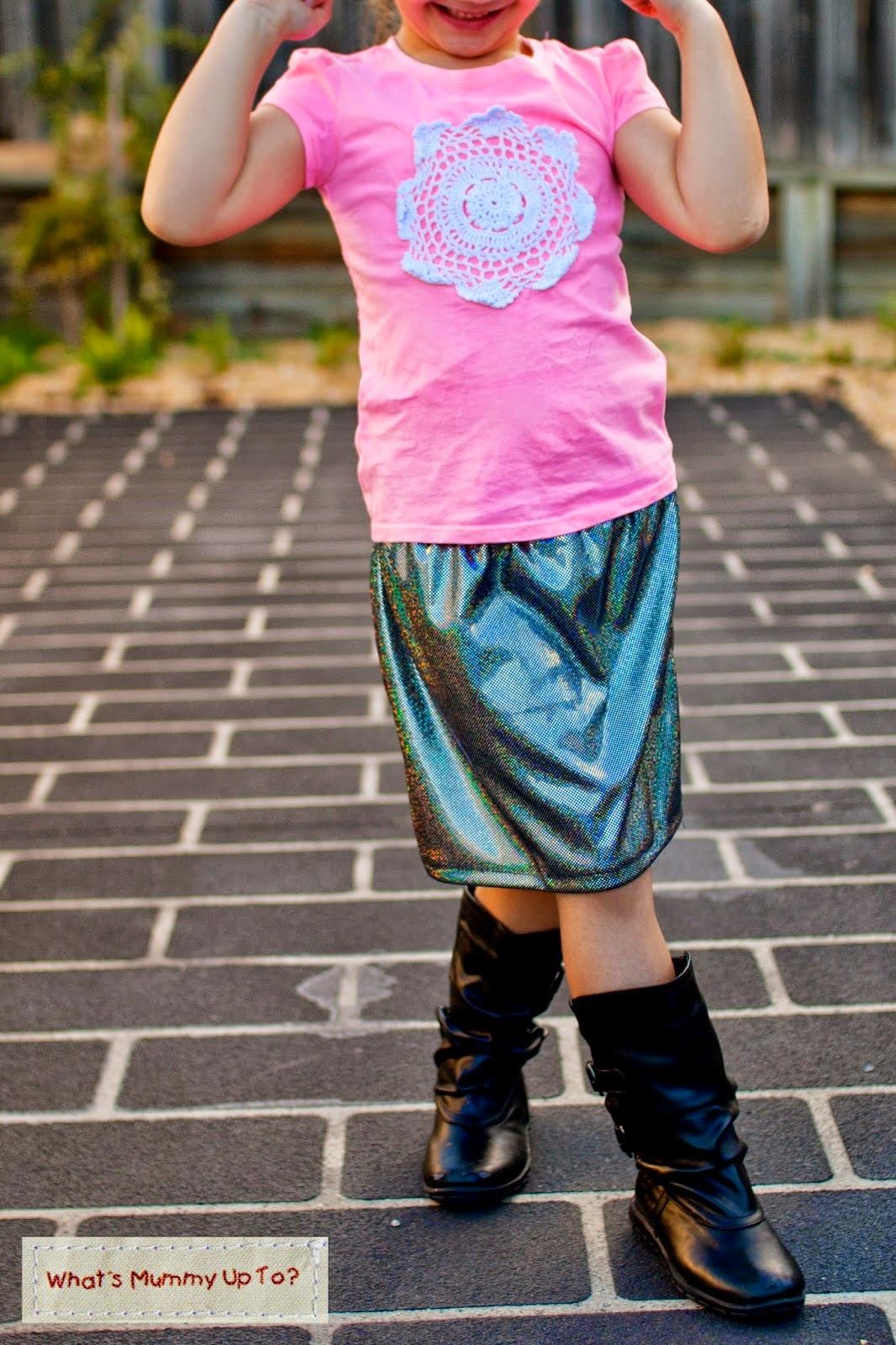 http://whatsmummyupto.blogspot.com.au/2014/05/tutorial-disco-diva-skirt.html