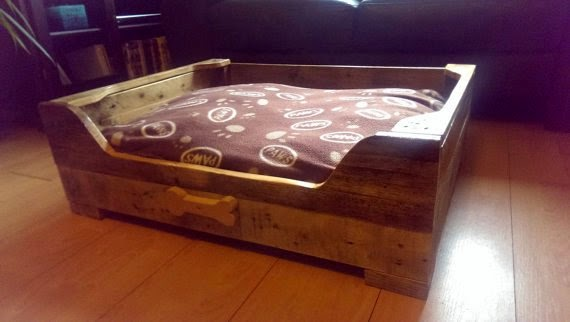 https://www.etsy.com/listing/192222679/dog-bed-made-from-reclaimed-pallet-wood?ref=favs_view_4