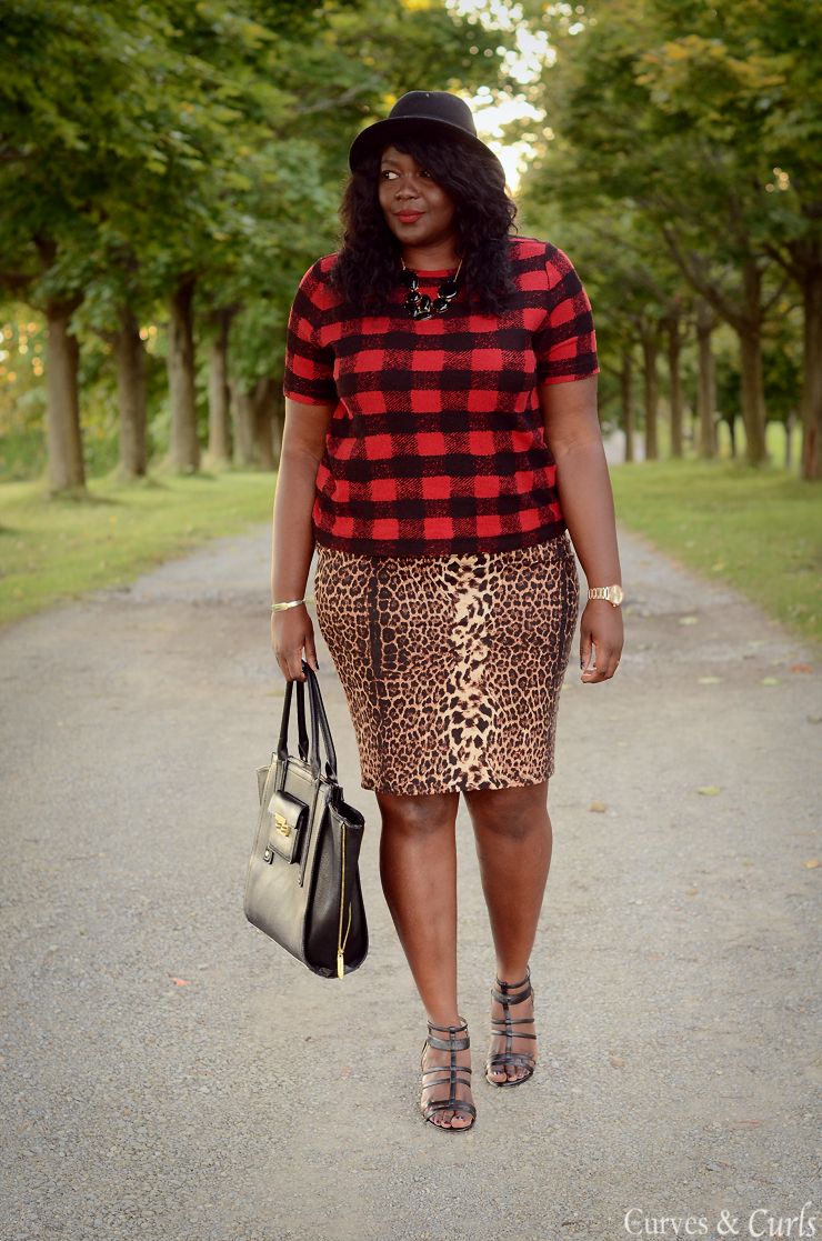how to mix prints and patterns -Plaid and Leopard
