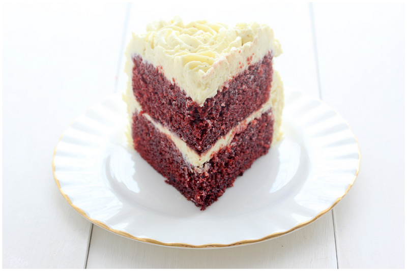 Foodagraphy. By Chelle.: Red Velvet Cake with Vanilla ...
