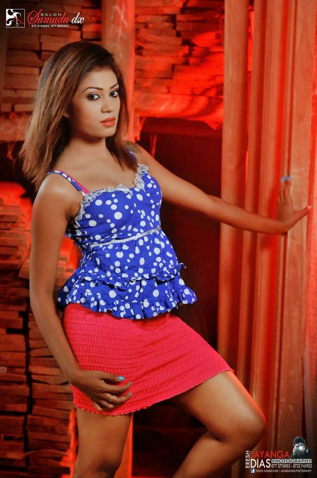 Meleeza Natalie pink legs