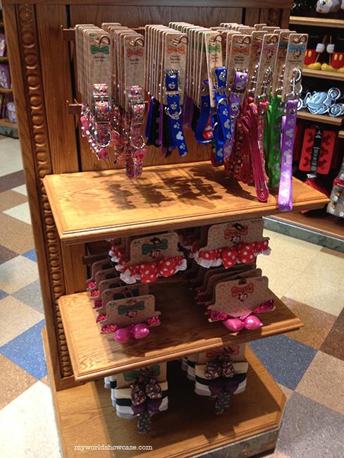 Disney Tails - Disney pet merchandise