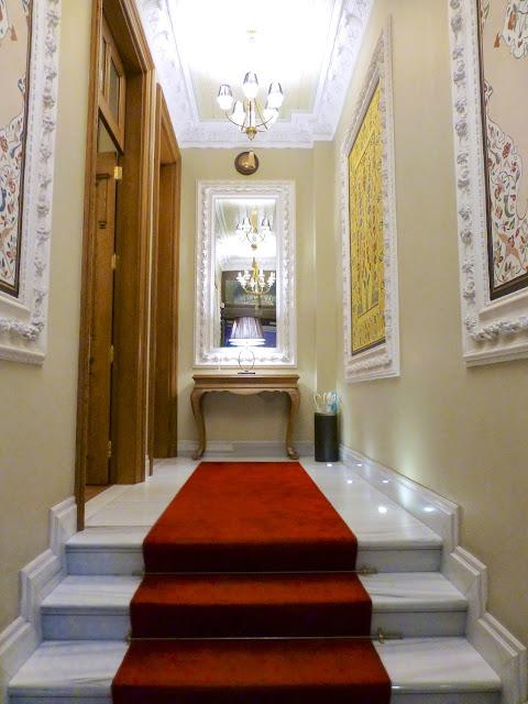 Entrada al Hotel Celine de Estambul