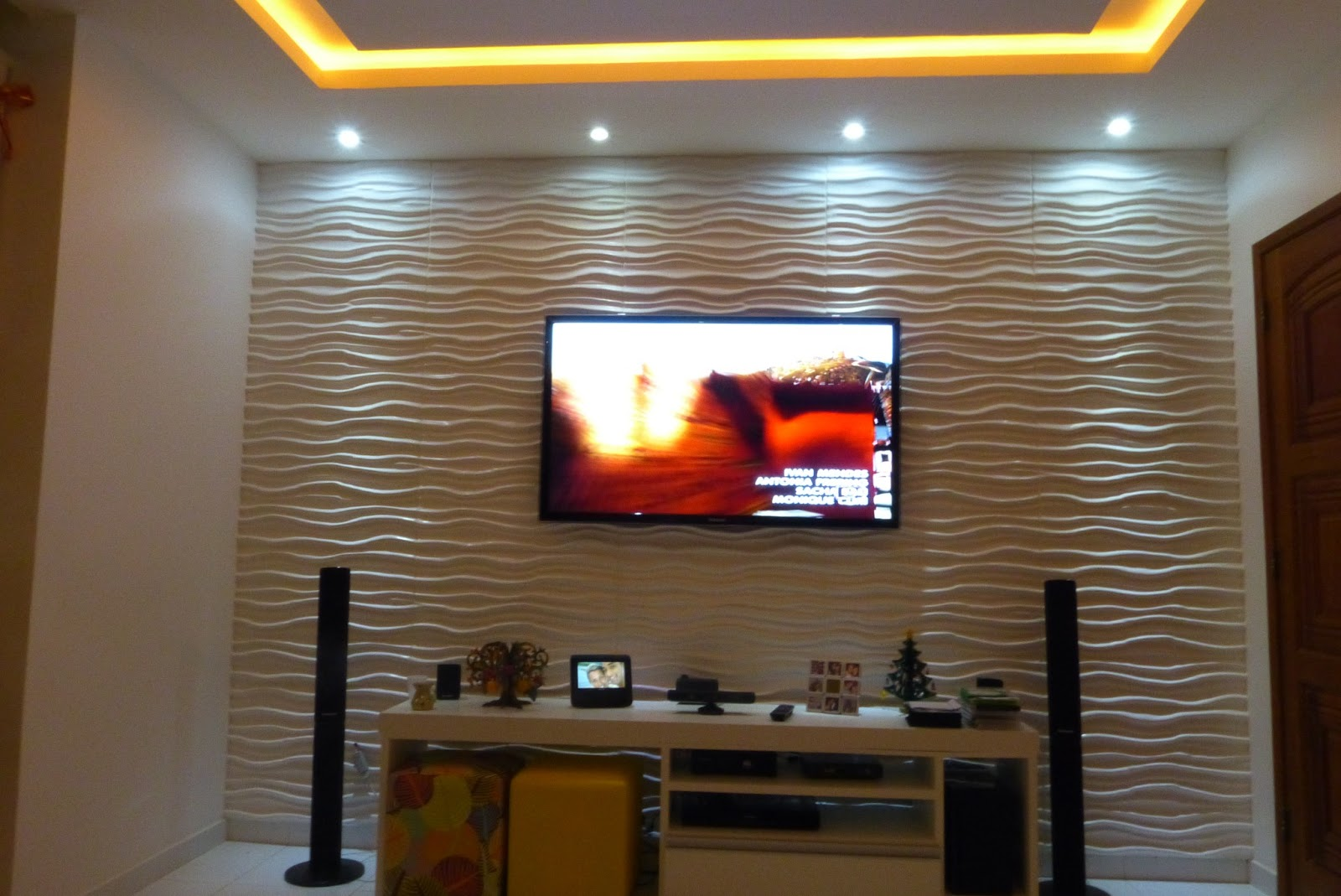 Decoracao De Sala Com Tv Na Parede ~  para Sala de TV painel de sala de tv9 # decoracao de sala tv na parede