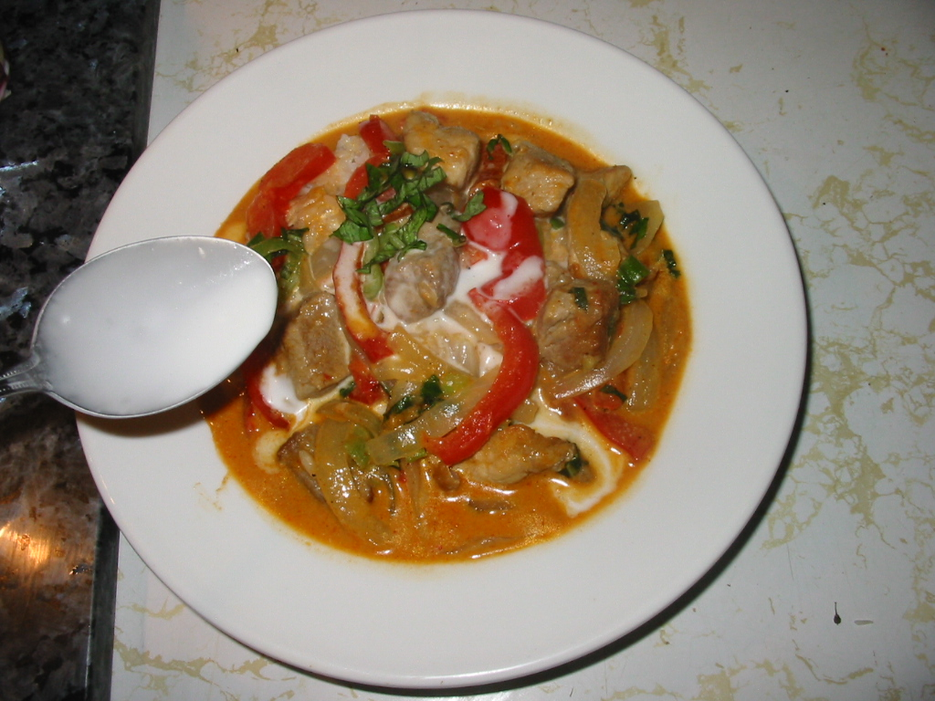 Delicious Thai Dinners Cooked In A Western Kitchen Chu Chi Curry Recipe From Northern Thailand