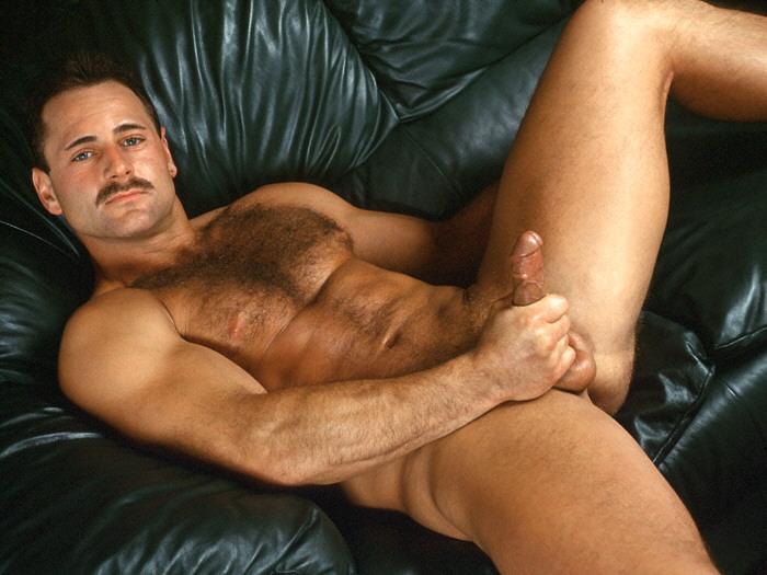 gay photos of david hernandez