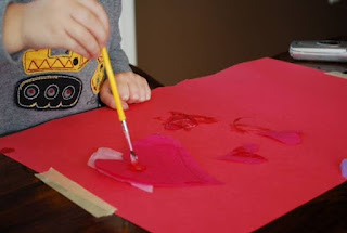 even toddlers can make neat art projects