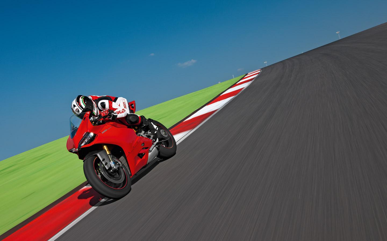 Ducati Panigale Blueprint Ducati 1199 Panigale 2.jpg