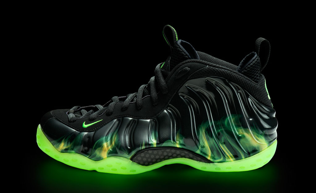 Urban mess magazine august 2012 foam ing the mouth new foamposite paranorman sneaker review sciox Images