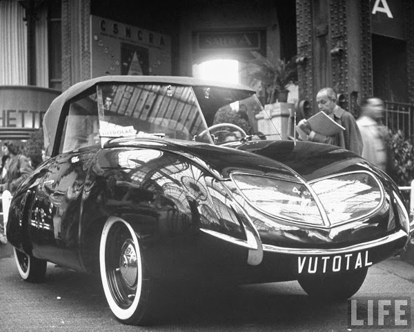The Vutotal at the Paris Auto Show, 1950