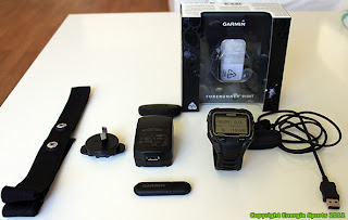What is in the Box - Garmin Forerunner 910XT Triathlon Watch Energia Sports