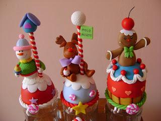 Creaciones carolina curso de frascos de navidad decorados for Adornos navidenos en porcelana fria utilisima