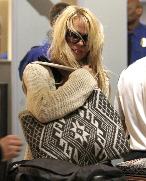 Pamela%252BAnderson%252BPamela%252BAnderson%252BJon%252BRose%252BArriving%252BJtu7ocGrmuLl Pamela Anderson and Jon Rose Arriving for A Flight at LAX [April 28, 201]