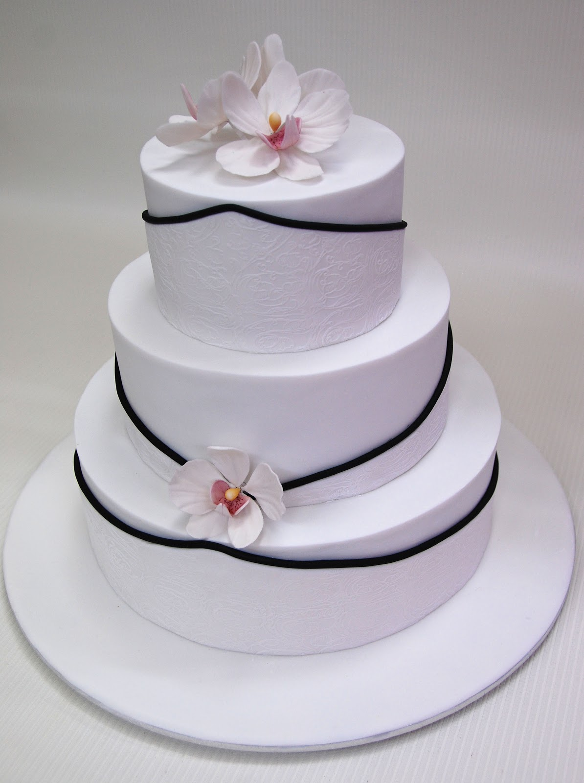 Little Robin 3 Tier Wedding Cake with Orchids