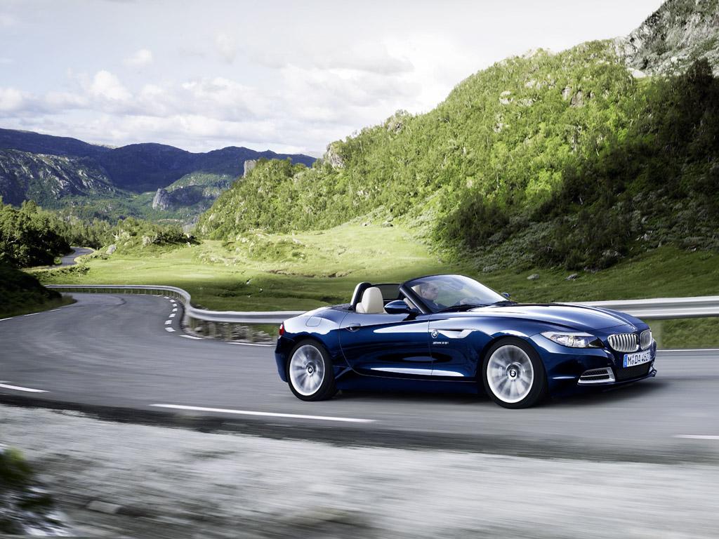 http://3.bp.blogspot.com/-c3KT1DPeAVA/UAw6zQGmRdI/AAAAAAAAH9U/QXemWX27630/s1600/BMW_Z4_01.jpg