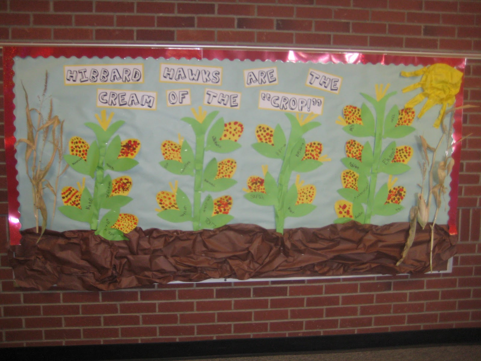 Autumn Bulletin Board Titles http://wardswayofteaching.blogspot.com/2011/10/fall-bulletin-boards.html