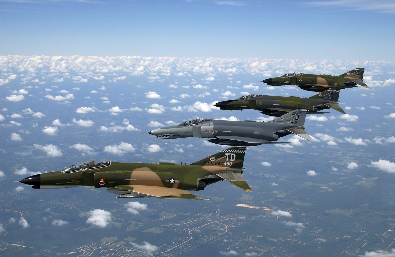 Jet Airlines: McDonnell-Douglas F-4 ...