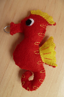 mini felt seahorse
