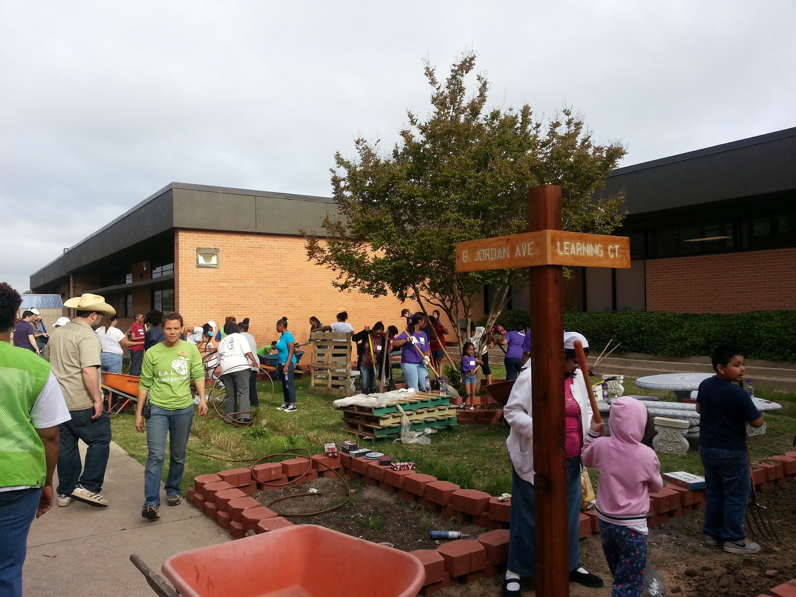 Carla Ranger - Dallas ISD Education Blog: Barbara Jordan Elementary ...