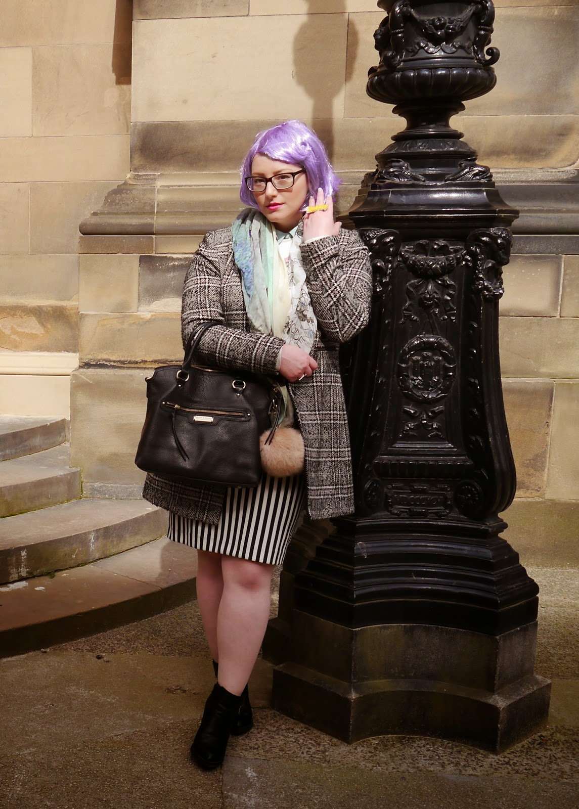 #scotstreetstyle, #EdFashion, Edinburgh, street style, monochrome, stripes, Breton, lilac hair, pom pom, Edinburgh University, tartan