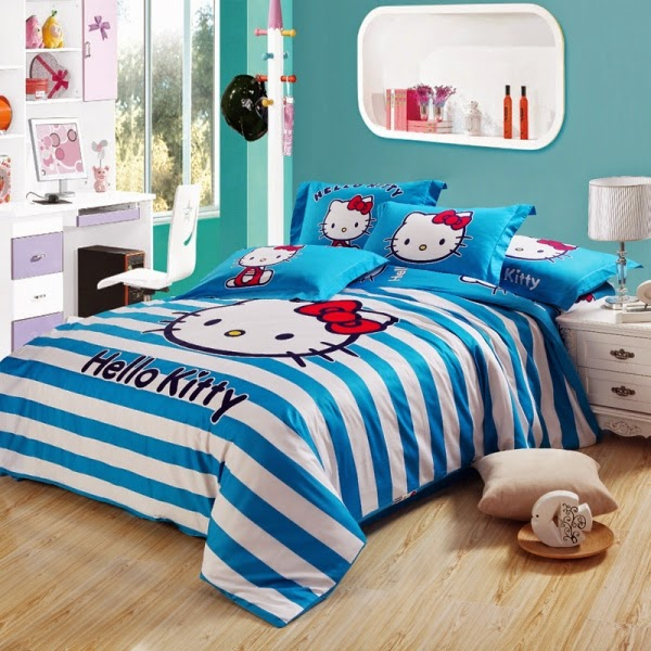Desain kamar tidur anak motif hello kitty biru gratis
