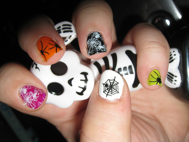 hopemarie123 halloween nail art