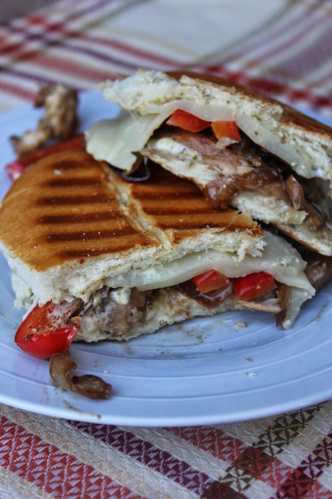 Copycat Recipes, Blue Lemon Balsamic Chicken Panini, Recipe:  Sandwiches, Recipe:  Chicken, Easy Meal Ideas,
