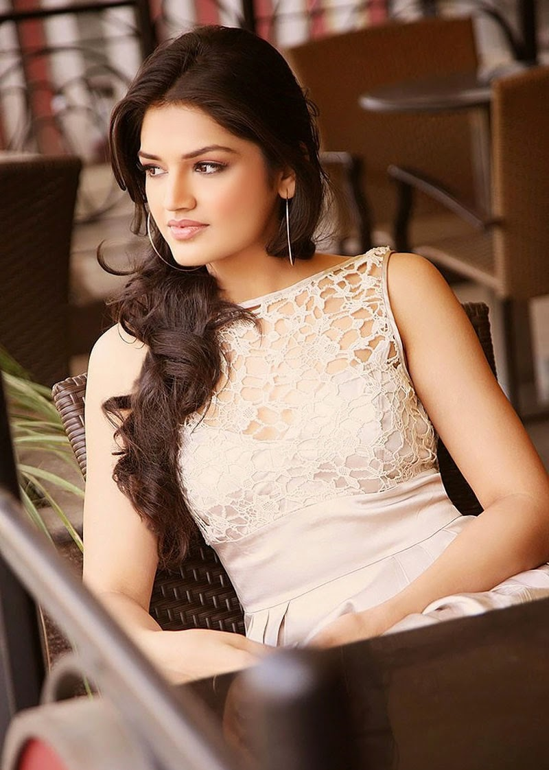 Tara Alisha - Mastram movie actress hot photos Collection