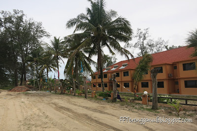 Batu Burok Beach Resort