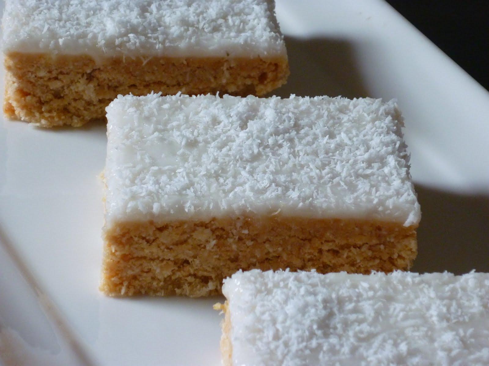 Kitchen Alchemy: No Bake Lemon Slice